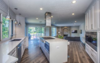 How Solid Surface Compliments Your Interior