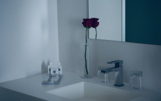 Integrated Sinks Achievable with Solid Surface